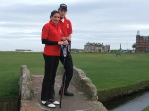 Ученики школы на занятиях по гольфу