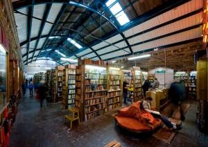 "Букинистический магазин ""Barter Books"""