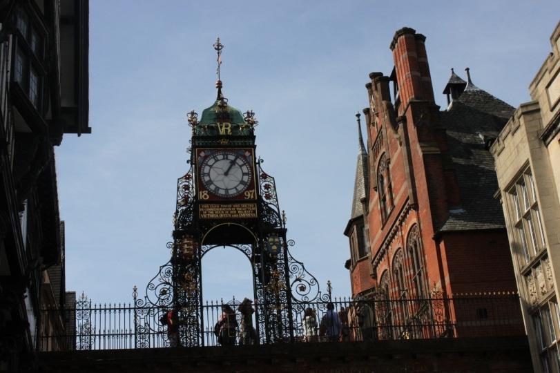 Самые фотографируемые часы в Англии после Биг Бена, Честер