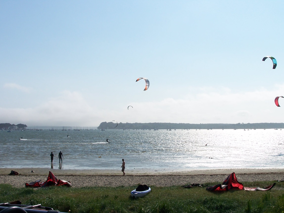 Свонедж — популярный прибрежный курорт на юге Англии