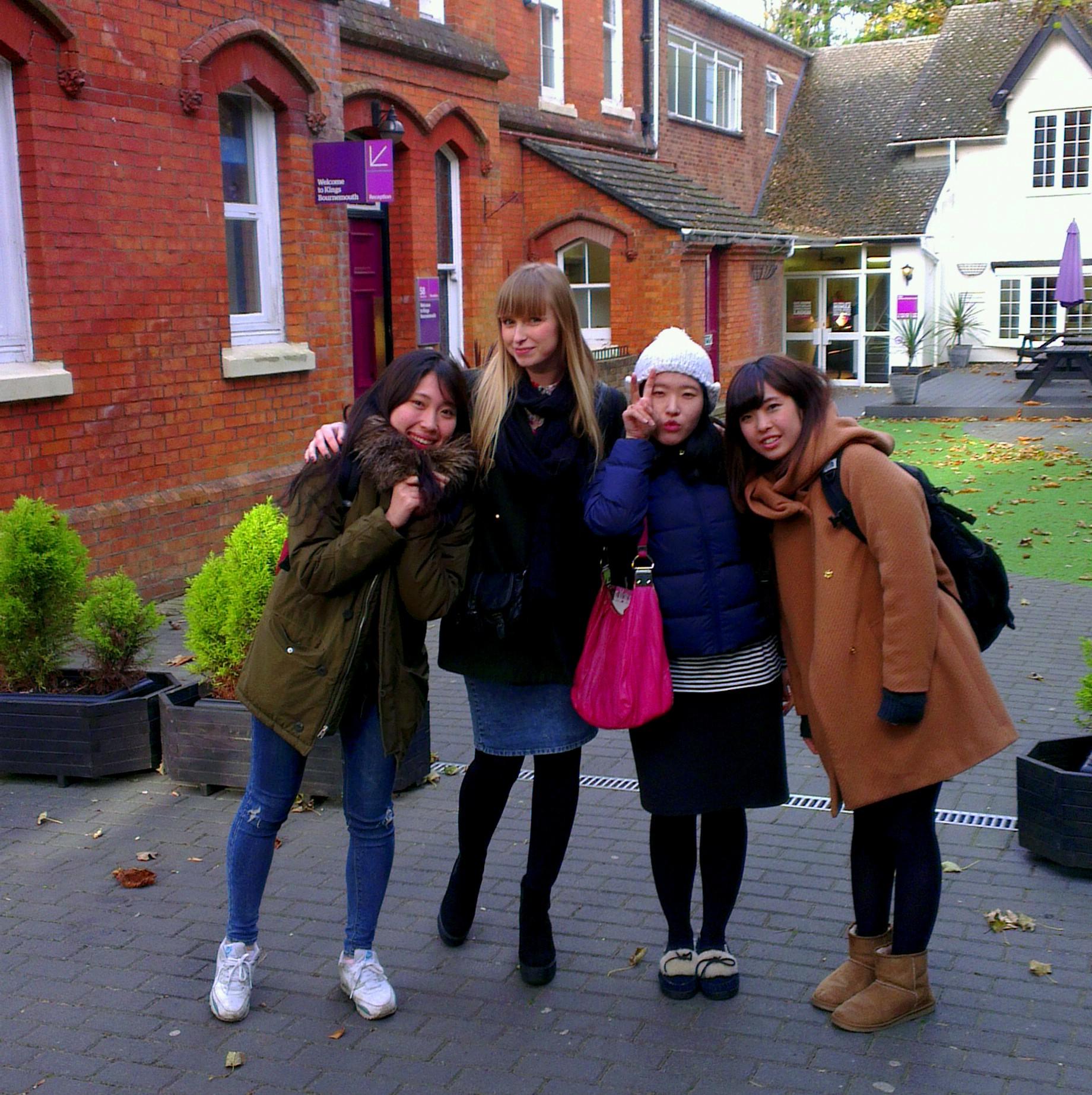 Bournemouth_near_School
