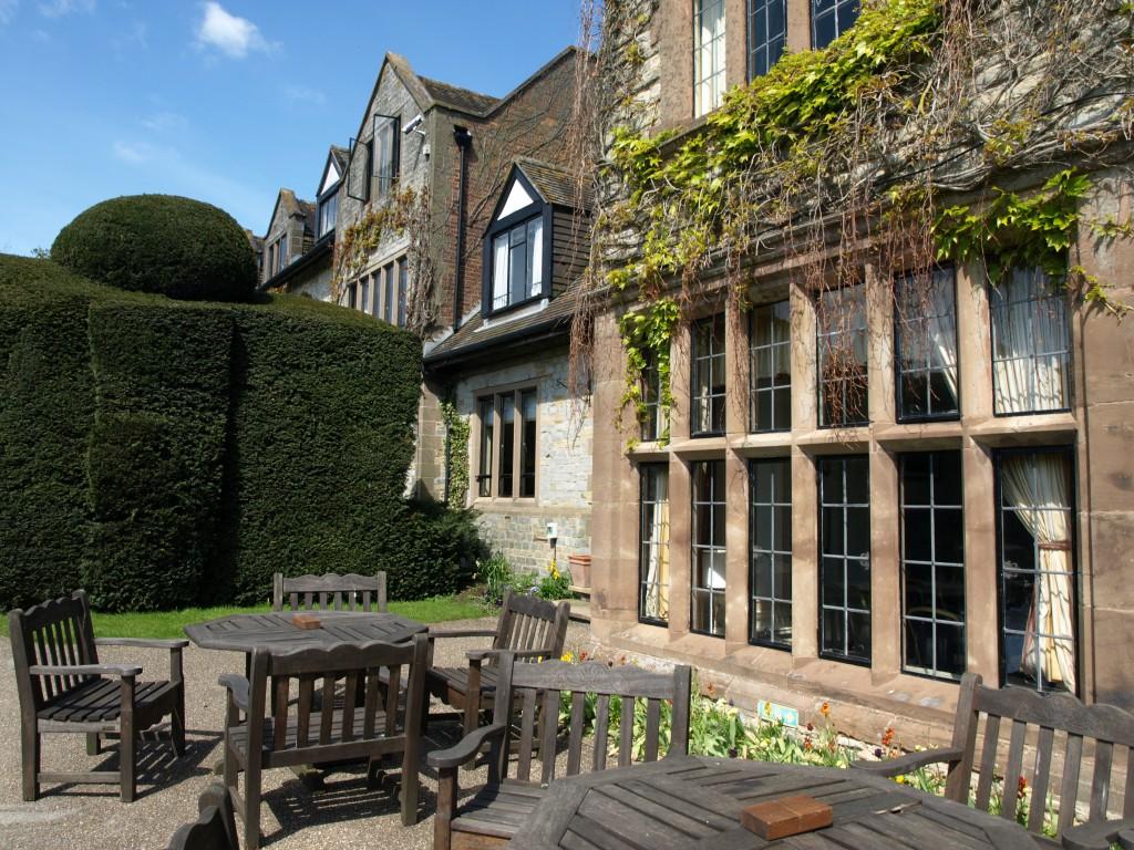 Библиотека Billesley Manor, в которой работал Шекспир
