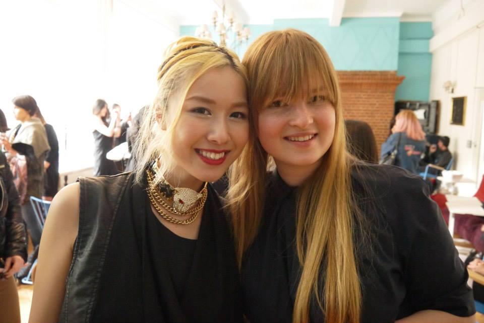 Весна 2013. Калиска и Мадара. По окончанию курса все студенты собрались в ложе колледжа на прощальной вечеринке.