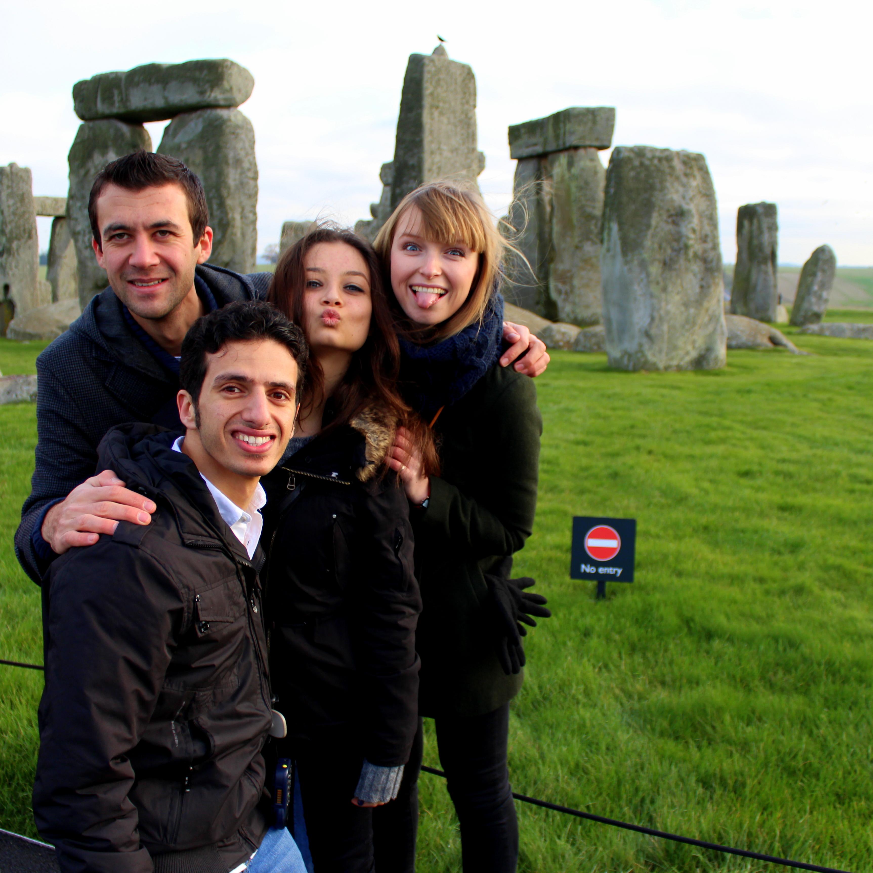 Stonehendge_with_friends