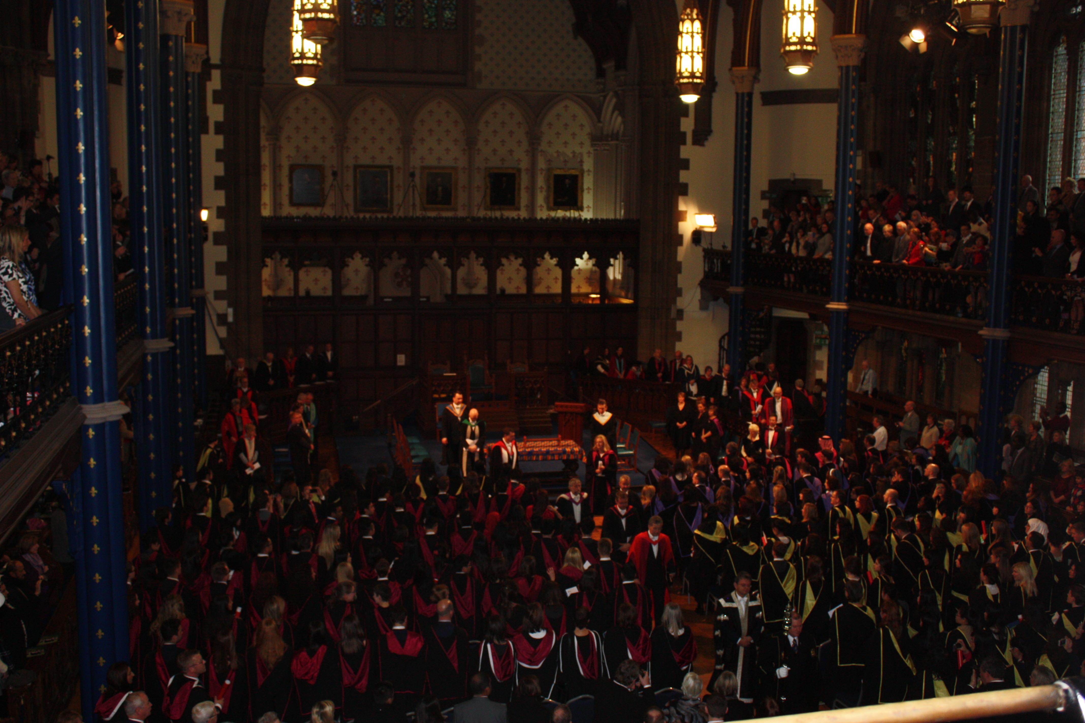 Graduation Ceremony (церемония вручения дипломов)