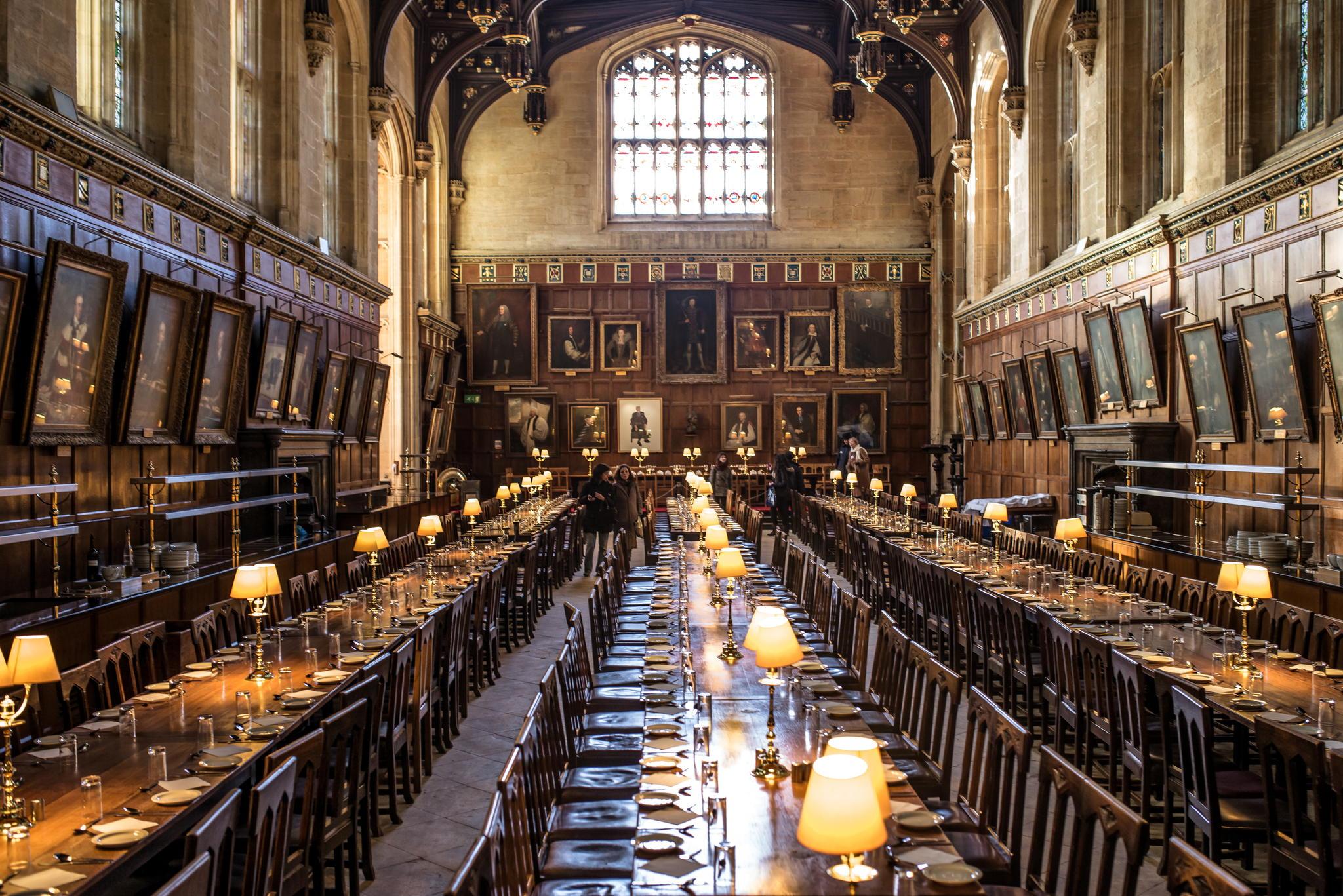 Большой Зал в одном из колледжей Оксфордского университета