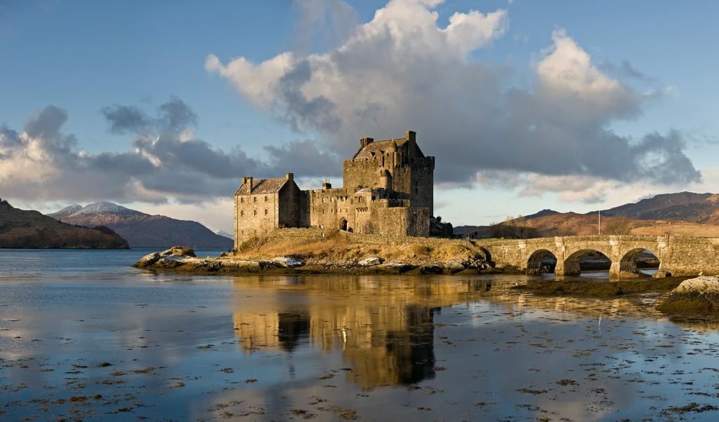 Замок Эйлен-Донан в Шотландии