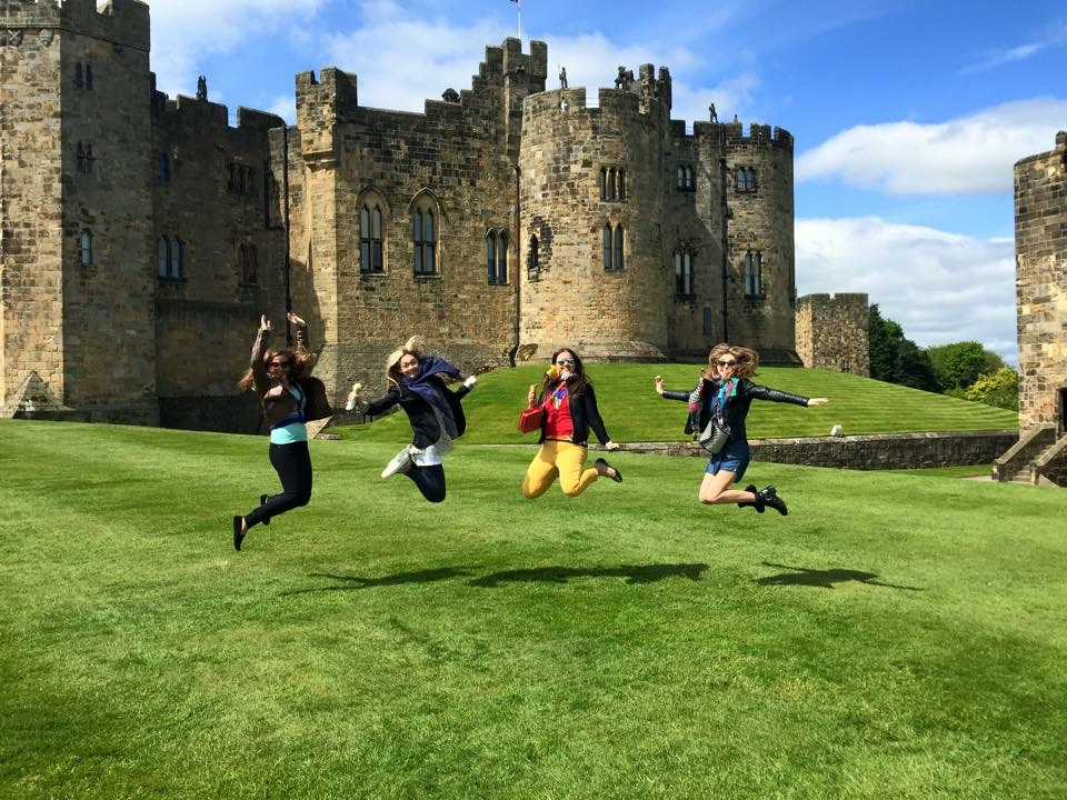 """""""Мне повезло стать членом University College, который расположен в настоящем средневековом замке"""""""
