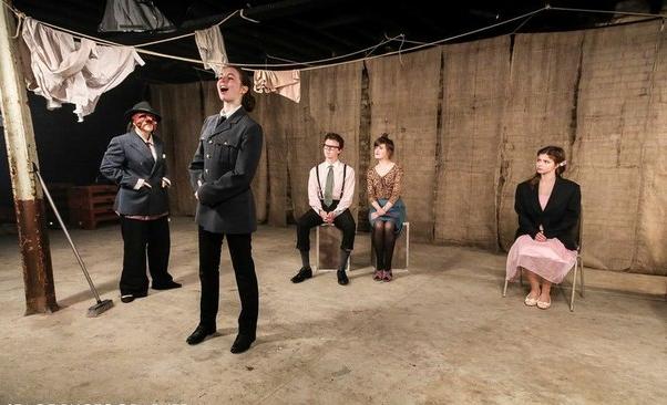 Репетиция на актерских курсах Fourth Monkey